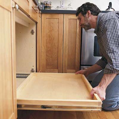 kitchen cabinet sliding drawers how to install a pull out kitchen shelf el garaje blanco 5778